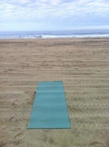 yoga-mat-on-beach